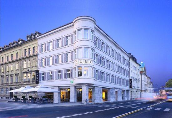 Hotel CUBO (47507459)