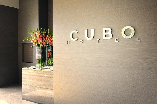 Hotel Cubo: CUBO
