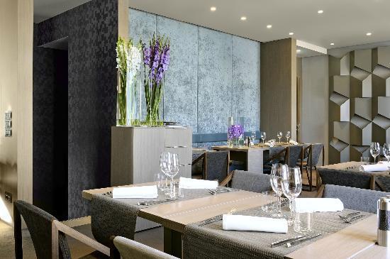 Hotel Cubo: Restaurant
