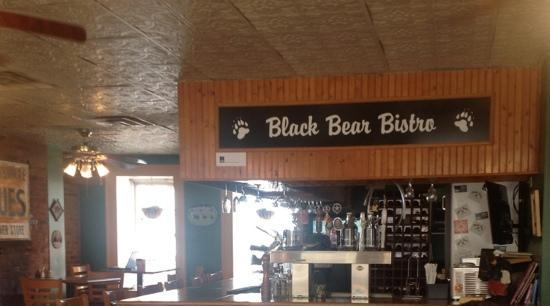Black Bear Bistro: Friendly, fun and delicious! Well worth a visit.