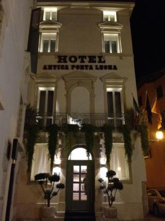Hotel Antica Porta Leona & SPA: truly a gem!