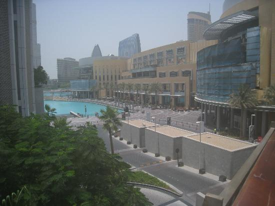 Address Downtown: View of Dubai Mall and Fountain area from conecting bridge
