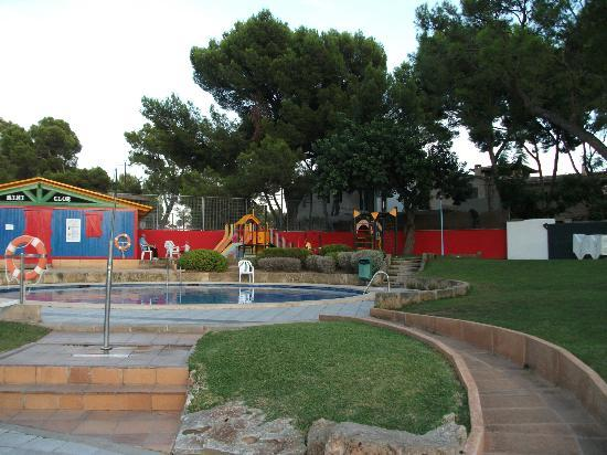 BQ Belvedere Hotel: kids club, park, and pool.