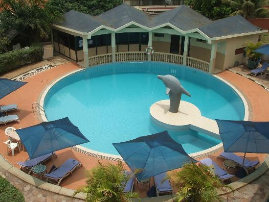 Dolphin Suites: POOL