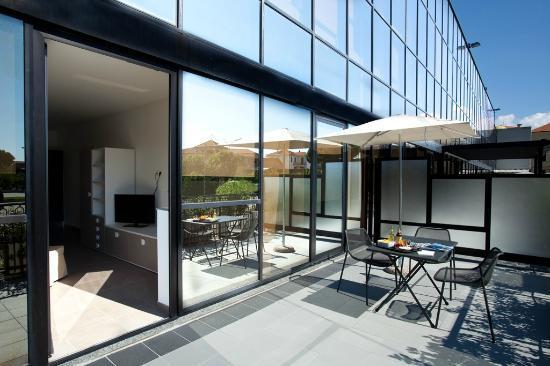 Riviera Palace Residence : terrazzo- esterno camera