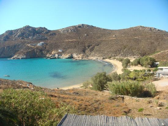 Ta Petrina: Psili Ammos beach - view from veranda