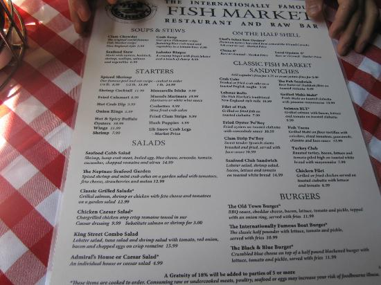Admiral house salad picture of fish market restaurant for Fish market alexandria va