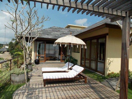 كومانيكا براسا سايانج: Private garden 