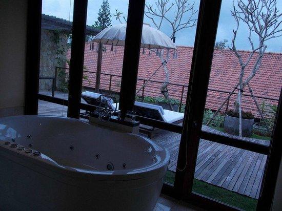 Komaneka at Rasa Sayang: View from spa bath