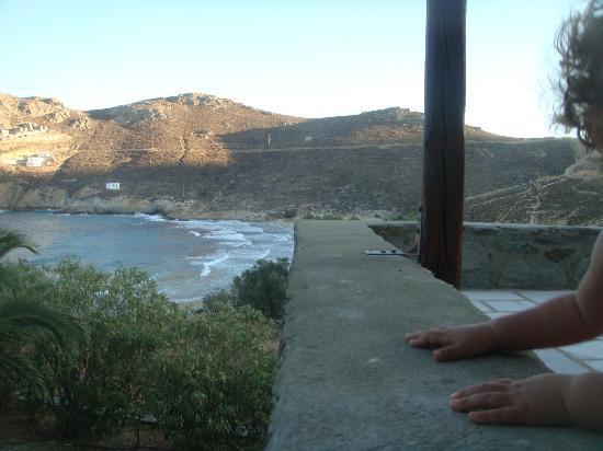 Ta Petrina: Front veranda