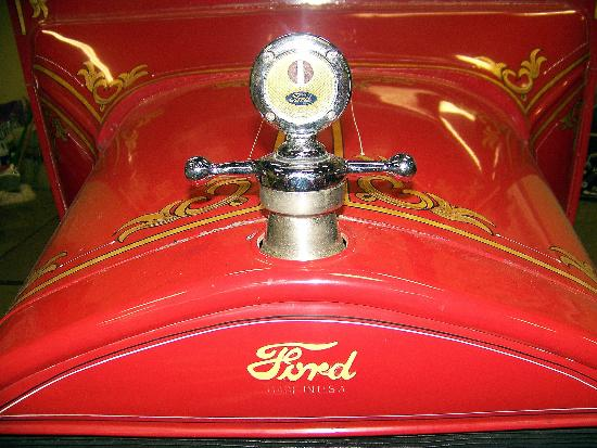 Model T Ford Museum : Up close and personal