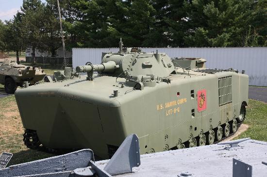 Motts Military Museum: l'impressionnant LVTP-5