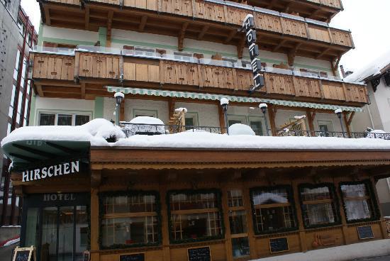 Hotel Hirschen: Aussenansicht Winter