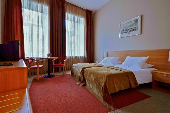 EgoEast Hotel: Twin room