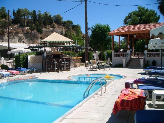 Golden Days Hotel: Golden Days Pool Area