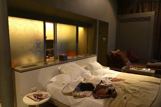SALA Phuket Resort and Spa: The Room