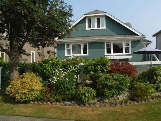Vancouver Traveller Bed and Breakfast: Jenny's house
