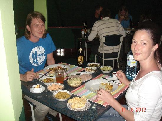 Hilltop Guest House: Srilankan food restaurant