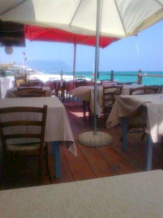 Bahari Cafe : pranzo con vista panoramica monte conero