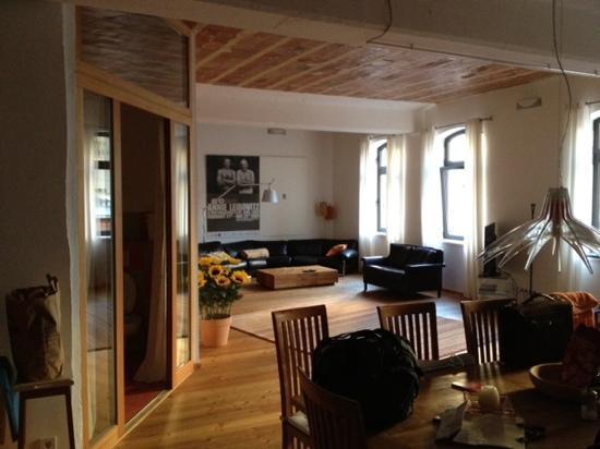 BerlinLofts: Stall first floor