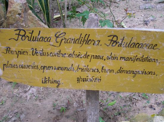 Le Bout du Monde - Khmer Lodge: 2e écriteau