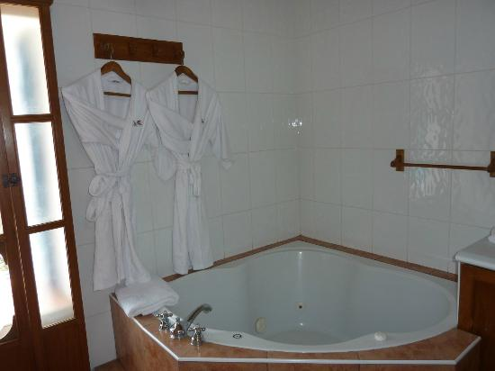 Casa San Blas Boutique: Senior Suite Bathroom