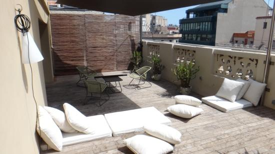 DestinationBCN Apartment Suites: Terrace