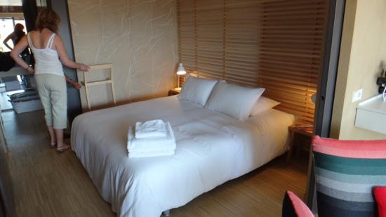 DestinationBCN Apartment Suites: Bedroom - Apartment Naoko
