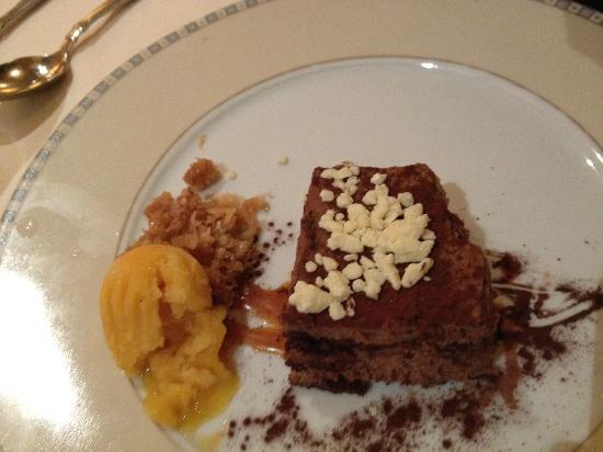 Kellari Taverna: chocolate something