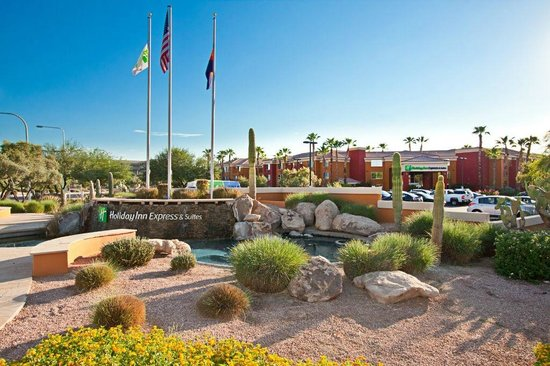 Holiday Inn Express Hotel and Suites Scottsdale - Old Town: Exterior fountain