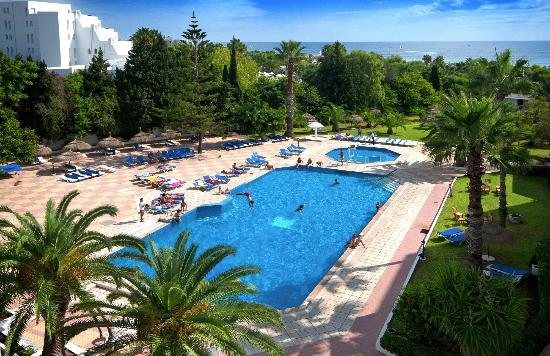 Hotel Club President: Vue Piscine A