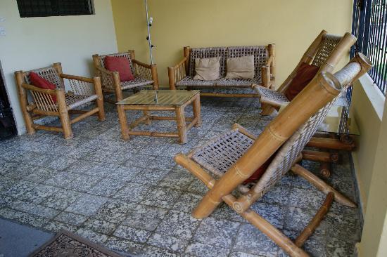 Jarabacoa Mountain Hostel : Porch