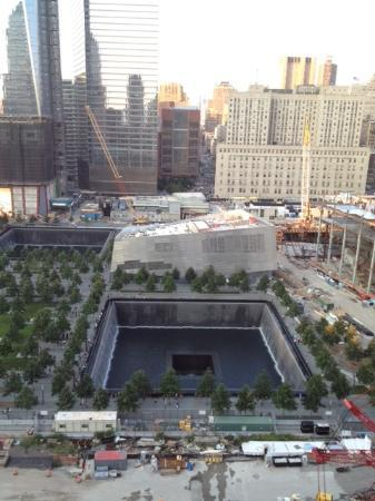 World Center Hotel: View of the 9/11 Memorial from the hotel's restaurant terrace