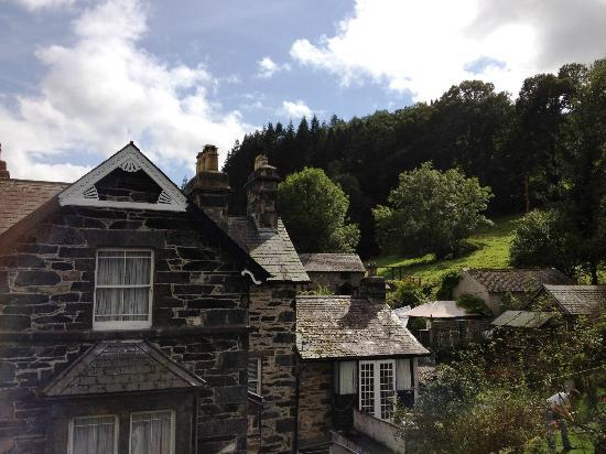Mount Garmon View Guesthouse: Blue Skies, what a great view
