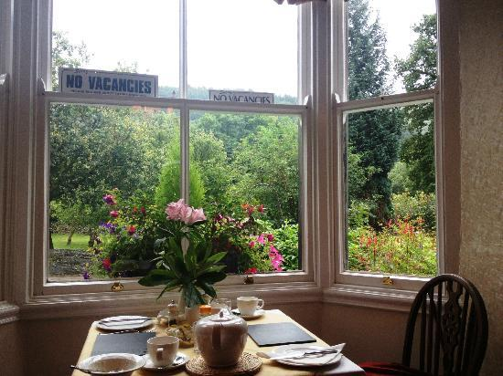 Mount Garmon View Guesthouse: Breakfast room