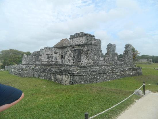 Alma's LDS Tours: Tulum Ruins