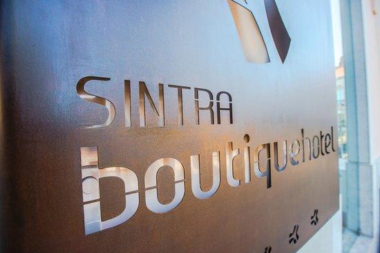 Sintra Boutique Hotel: Pormenor Entrada