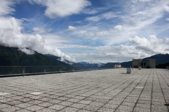 Hotel Sole Alto: La terrazza-solarium con vista