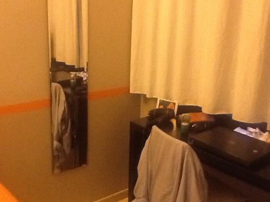 Hotel Aniene: room