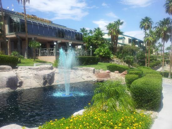 Heat Hotel: Fountain