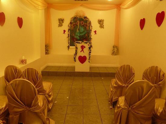 A Wedding Chapel In Las Vegas: la cappella