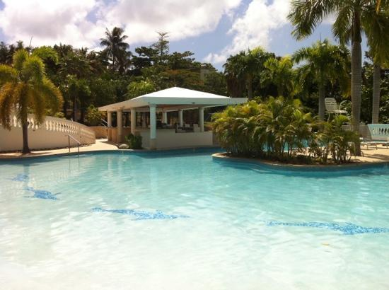 The Fajardo Inn: Piscina