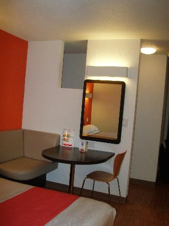 Motel 6 Los Angeles - Hollywood: newly remodeled seating area in room at Motel 6 Hollywood