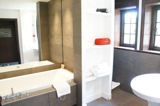 Manoir Dalmore: la salle de bain