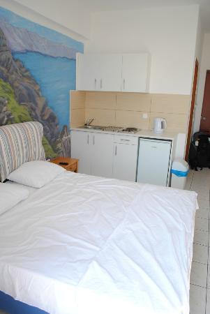 สตูดิโอมาเรียส: letto e cucina
