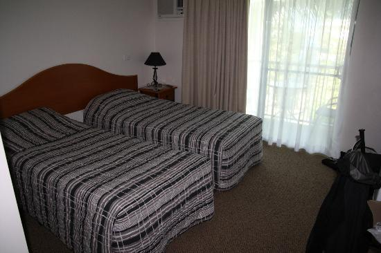 Tropical Heritage Cairns : twin room