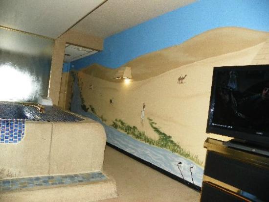 Red Carpet Inn Fantasuites: Pharaoh's Chambers