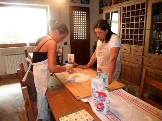 "Eremo delle fate: cooking lessons from ""la mama"" wonderful!!!"