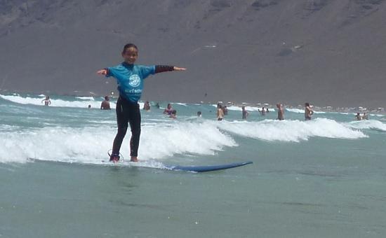 Lava Flow Surf Lanzarote: Marie !