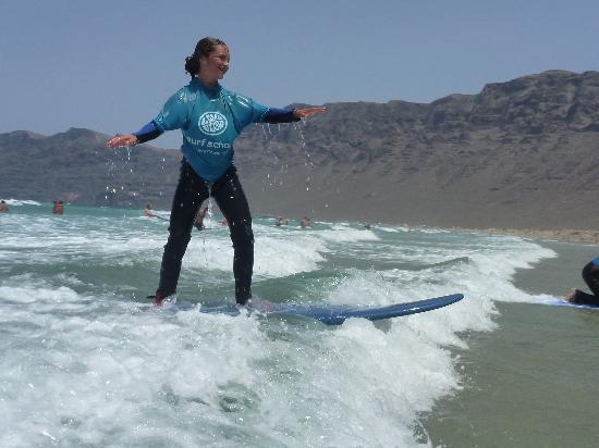 Lava Flow Surf Lanzarote: Helena !